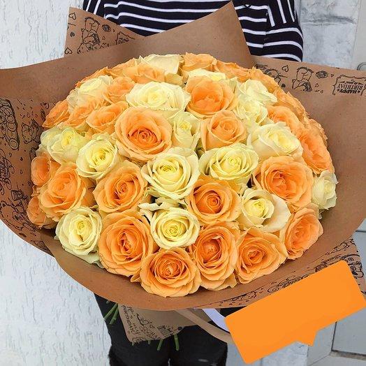 Букет из 51 кремово-персиковой Розы: букеты цветов на заказ Flowwow