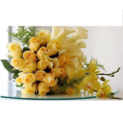 Солнечное счастье: букеты цветов на заказ Flowwow