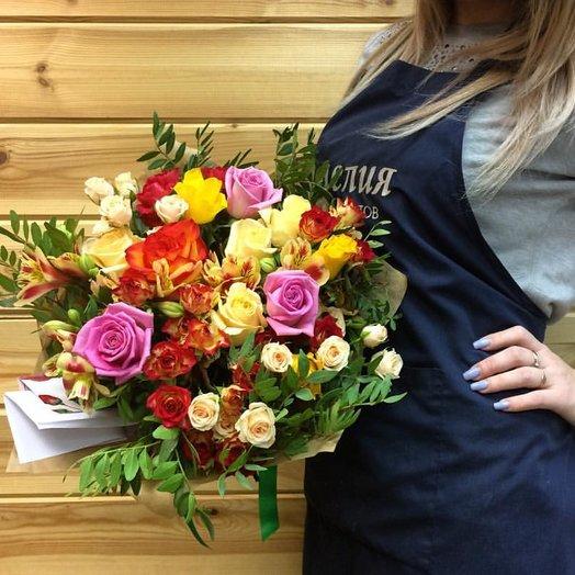 Яркий салют: букеты цветов на заказ Flowwow