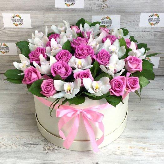 Коробка XXL из орхидей и розовой розой. N84: букеты цветов на заказ Flowwow
