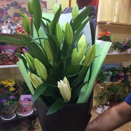 Лилия: букеты цветов на заказ Flowwow