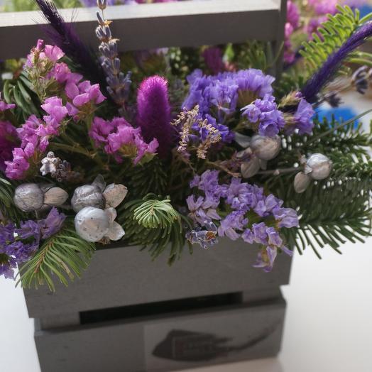 Деревянное кашпо с сухоцветами: букеты цветов на заказ Flowwow