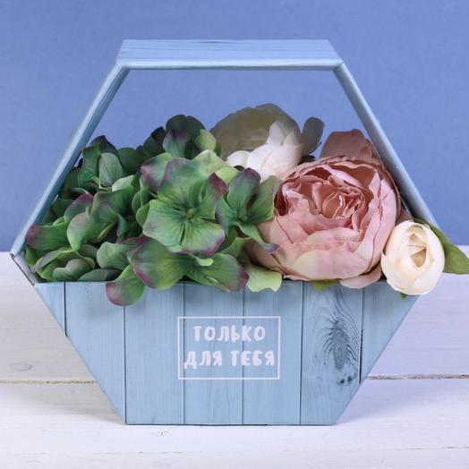 Коробка 34: букеты цветов на заказ Flowwow