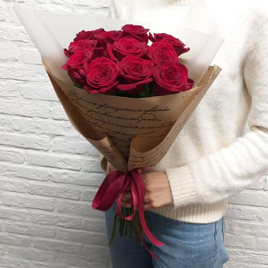 Ароматные бархатные розы: букеты цветов на заказ Flowwow