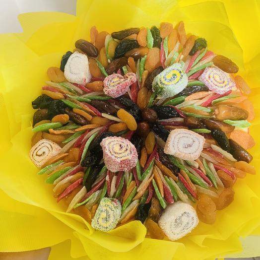 Букет из сухофруктов и лукума: букеты цветов на заказ Flowwow