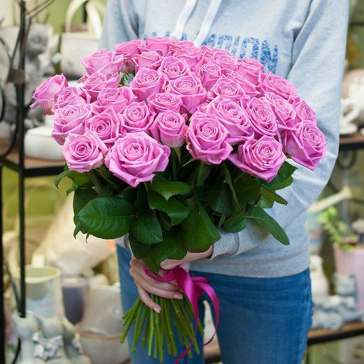 Букет из розовых роз (35): букеты цветов на заказ Flowwow