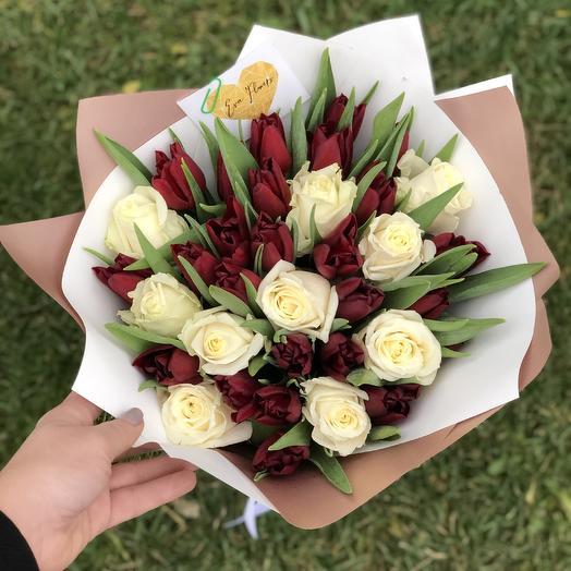 Тюльпаны с розами: букеты цветов на заказ Flowwow