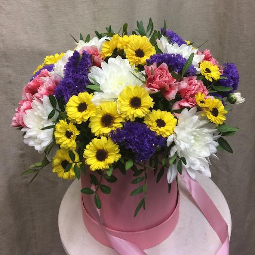 Шляпная коробка «Праздник»: букеты цветов на заказ Flowwow