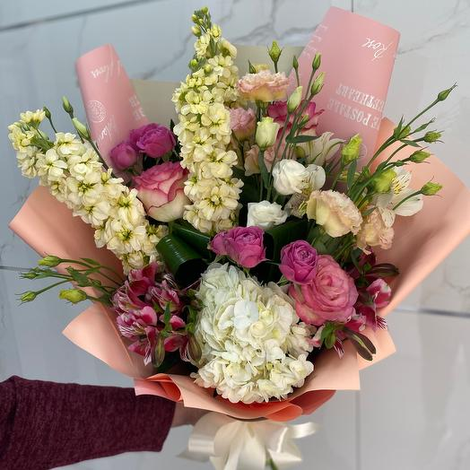 Идеальный нежный: букеты цветов на заказ Flowwow
