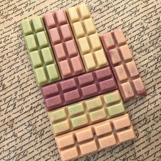 «Органический шоколад» без сахара, на меду, на основе ореховой пасты кешью, натуральные красители, добавки из ягод и орехов