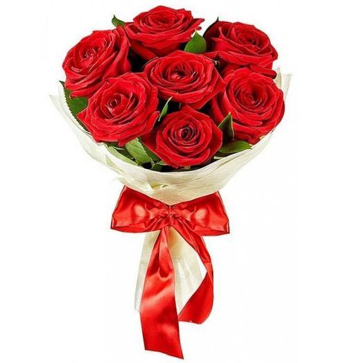 Букет из 7 роз красных с Рускусом