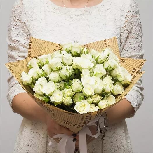 11 кустовых роз