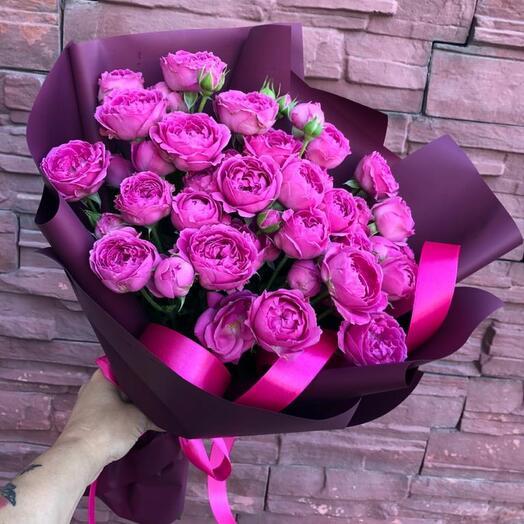 9 Букет пионовидных роз