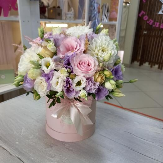 Цветы в коробке Мирор