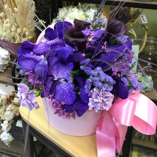 Цветы в коробке «Exotic»