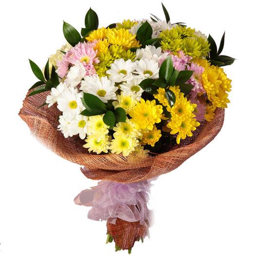 Кустовая хризантема с оформлением: букеты цветов на заказ Flowwow