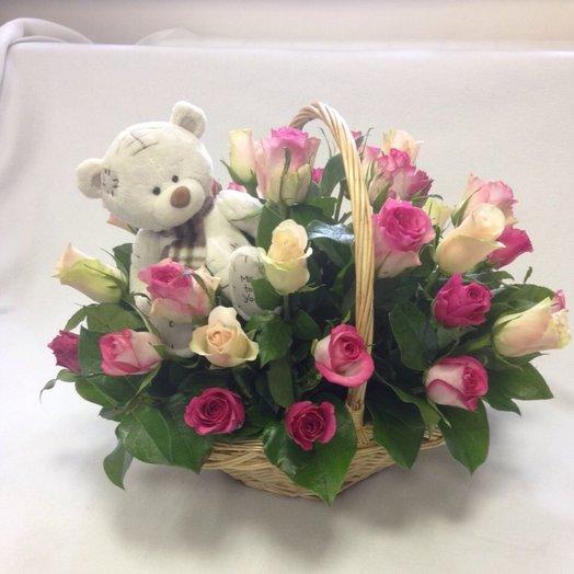 Корзина Медвежёнок: букеты цветов на заказ Flowwow