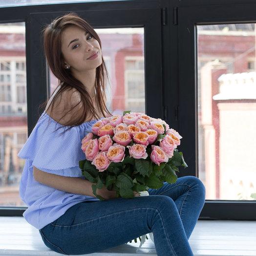 Букет из 35 пионовидных роз: букеты цветов на заказ Flowwow
