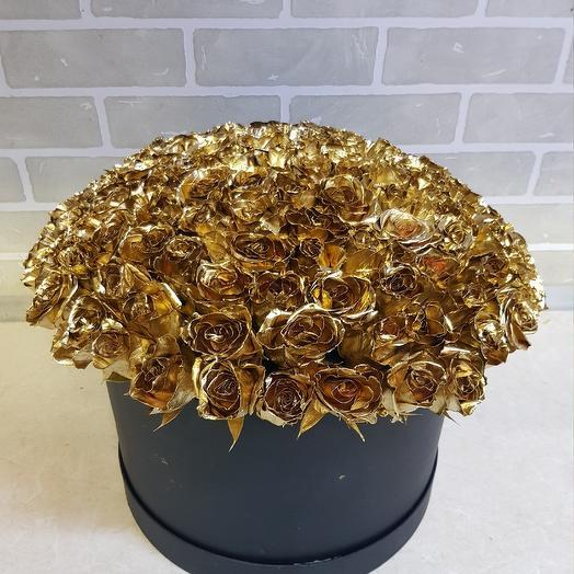 Шляпная коробка из золотых роз: букеты цветов на заказ Flowwow