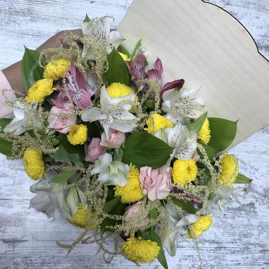 Композиция в деревянном ящичке 💐: букеты цветов на заказ Flowwow