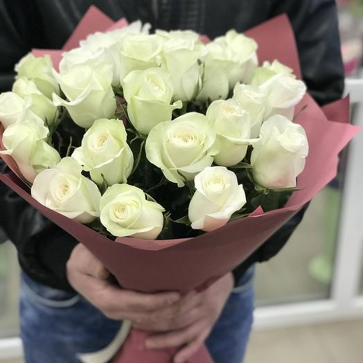 25 White roses