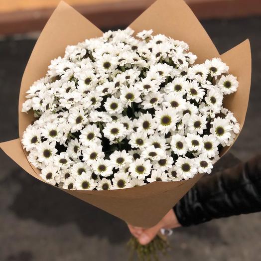Ромашки в крафтовой упаковке 25  шт: букеты цветов на заказ Flowwow