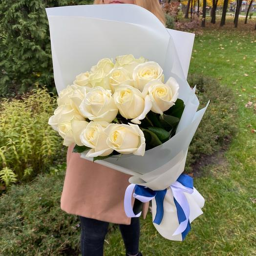 Букет белых роз (15 шт)
