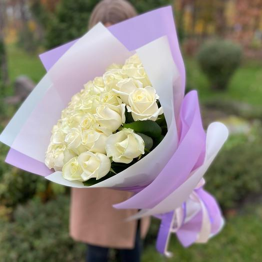 Букет белых роз (35 шт)