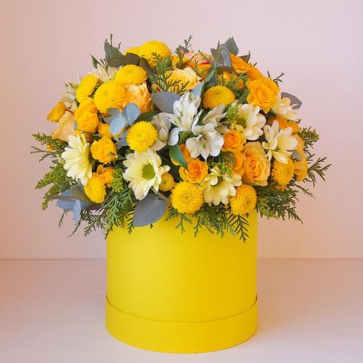Цветы в коробке Лимончелло