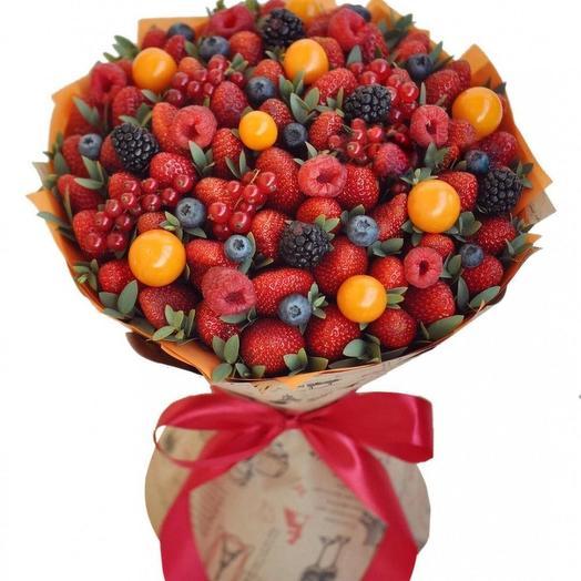 Букет из ягоды