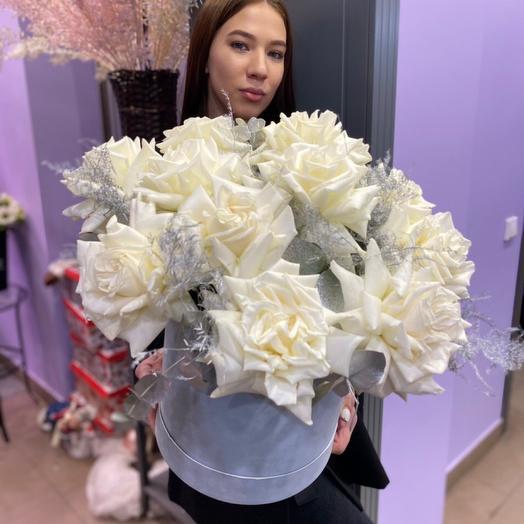 Ажурные белоснежные Розы