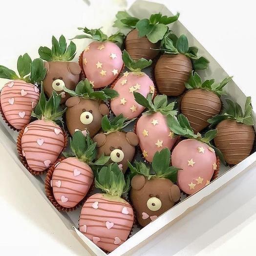 Набор клубника в Шоколаде Мишка