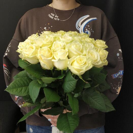 25 белых роз 60см