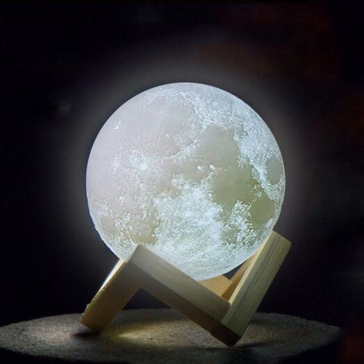 Сенсорный светильник Луна на аккумуляторе 18 см