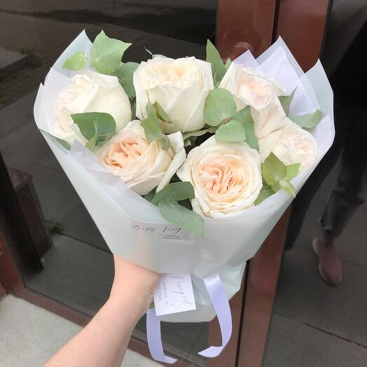 Fragrant with peony rose white o'hara