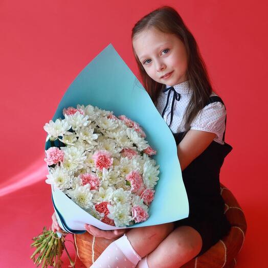 Букет к 1 сентября- розы и гвоздики
