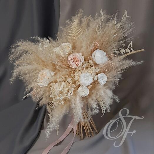 Букет невесты из сухоцветов и стабилизированных цветов