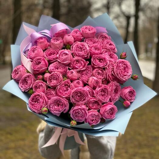 Авторский букет из пионовидной Розы