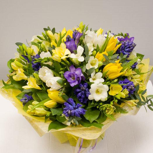 Букет из весенних цветов Весенняя премьера: букеты цветов на заказ Flowwow