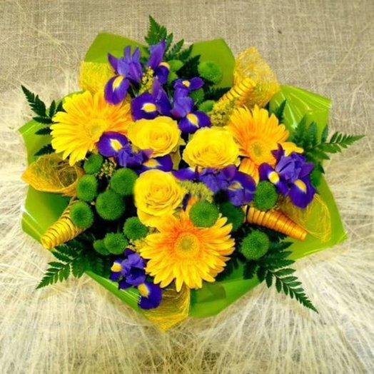 Букет из роз герберов ириса и хризантем: букеты цветов на заказ Flowwow