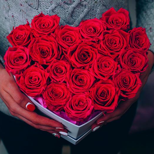 Сердце из роз букет 19