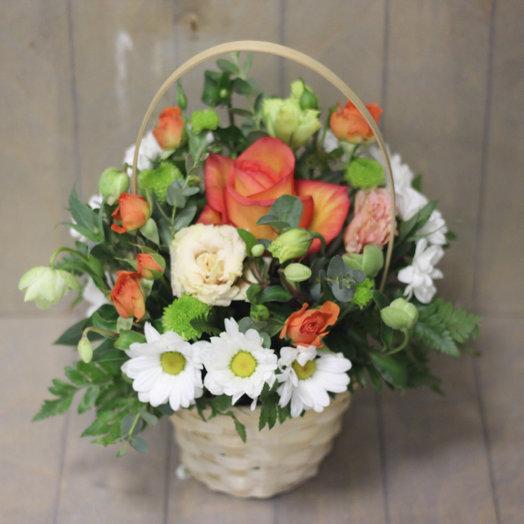Корзиночка с цветами : букеты цветов на заказ Flowwow