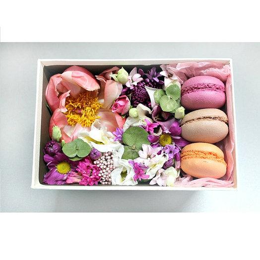 """Набор """"Пион и макаронс: букеты цветов на заказ Flowwow"""