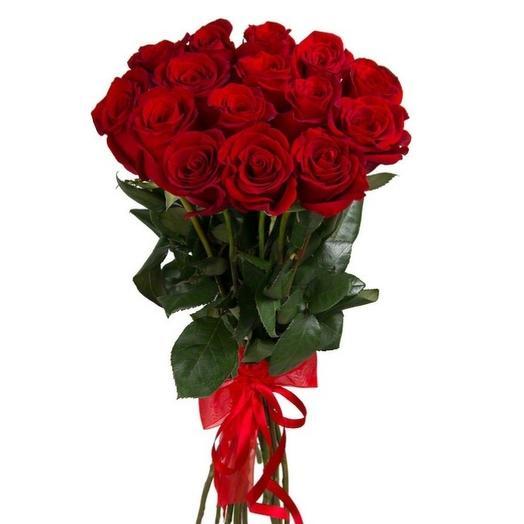 Розы красные 15 шт: букеты цветов на заказ Flowwow
