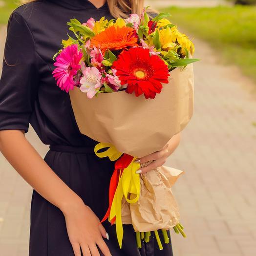 Букет из гербер и альстромерий: букеты цветов на заказ Flowwow