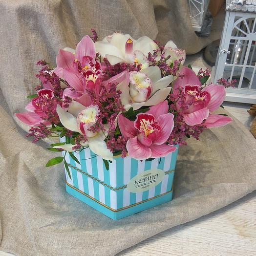 Великолепная орхидкя цимбидиум: букеты цветов на заказ Flowwow