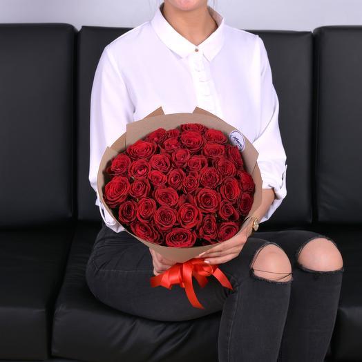 Букет Из 35 Красных Роз: букеты цветов на заказ Flowwow