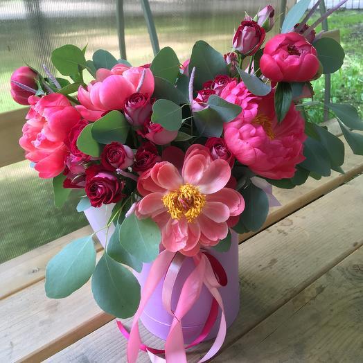 Малиновые грёзы: букеты цветов на заказ Flowwow