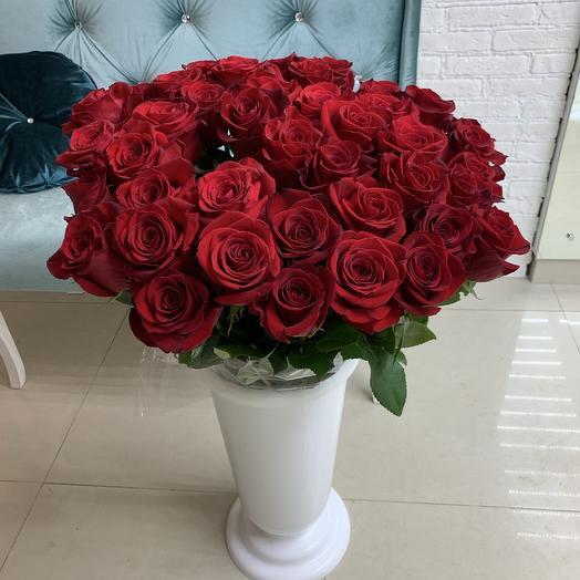 45 красных роз Эквадора: букеты цветов на заказ Flowwow