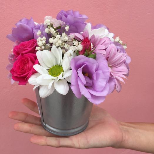 Ведерко с цветами: букеты цветов на заказ Flowwow